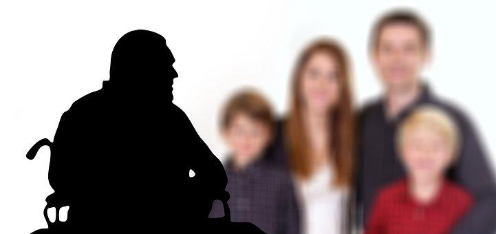newjob, kaigo, genba - 『利用者と家族のため』老人デイサービスセンターの目的とは?