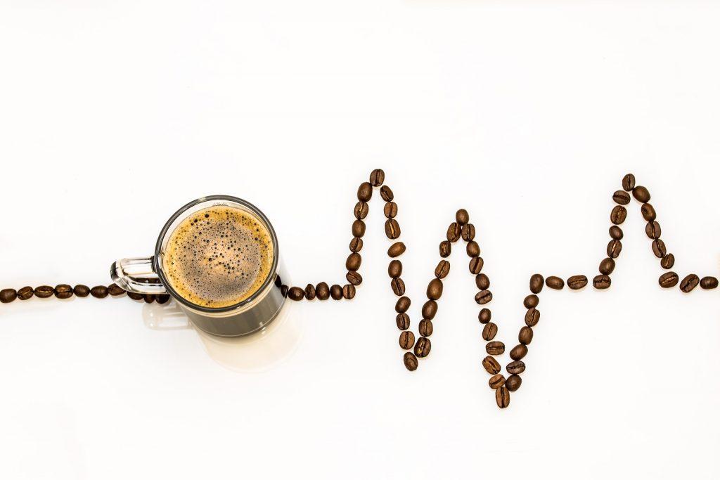 coffee cup 2317201 1920 1024x683 - 看護師と介護士が対立?現場の人間関係を良好にするには