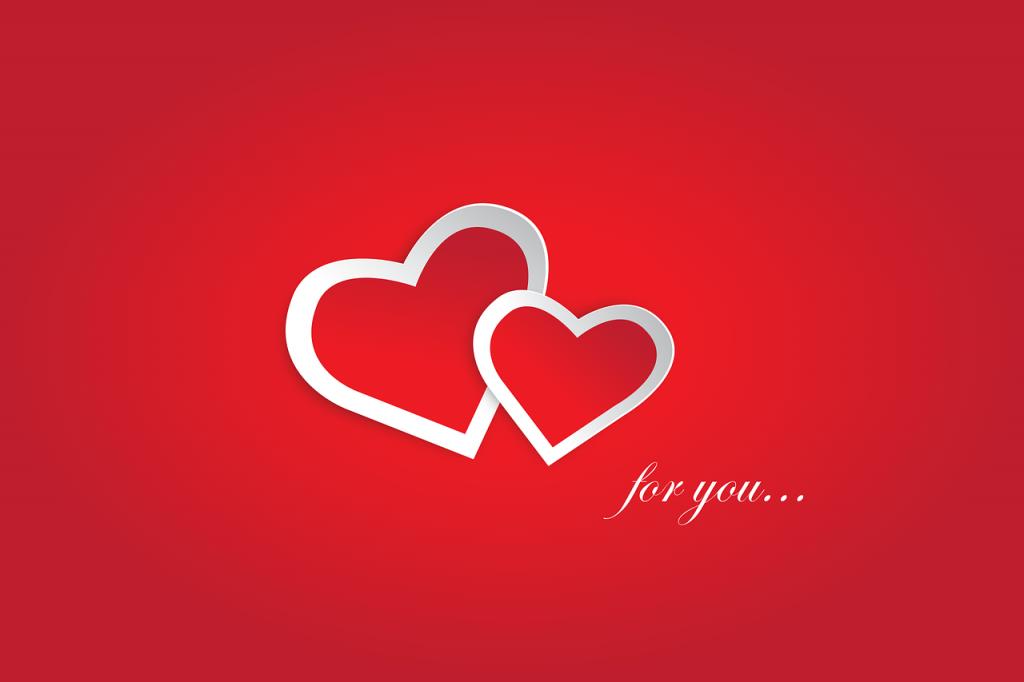 love you 2198772 1280 1024x682 - ケアマネジャーの仕事内容(1ヶ月の流れ)・平均年収・給料